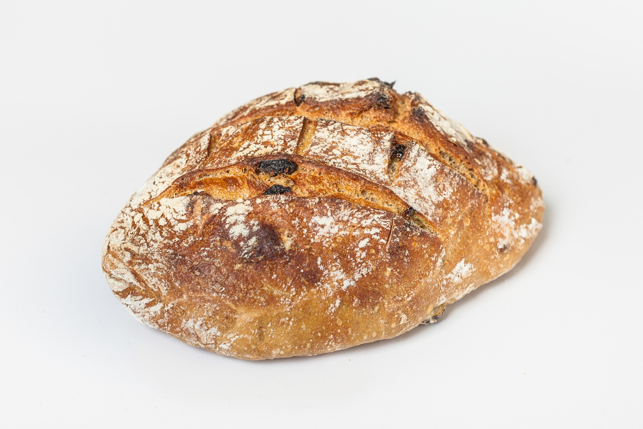לחם מחמצת עם צימוקים